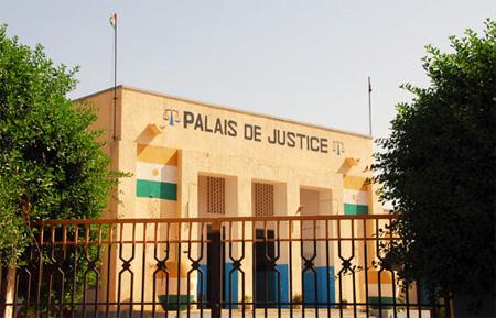 L'affaire du vrai-faux coup d'Etat : Dernière heure